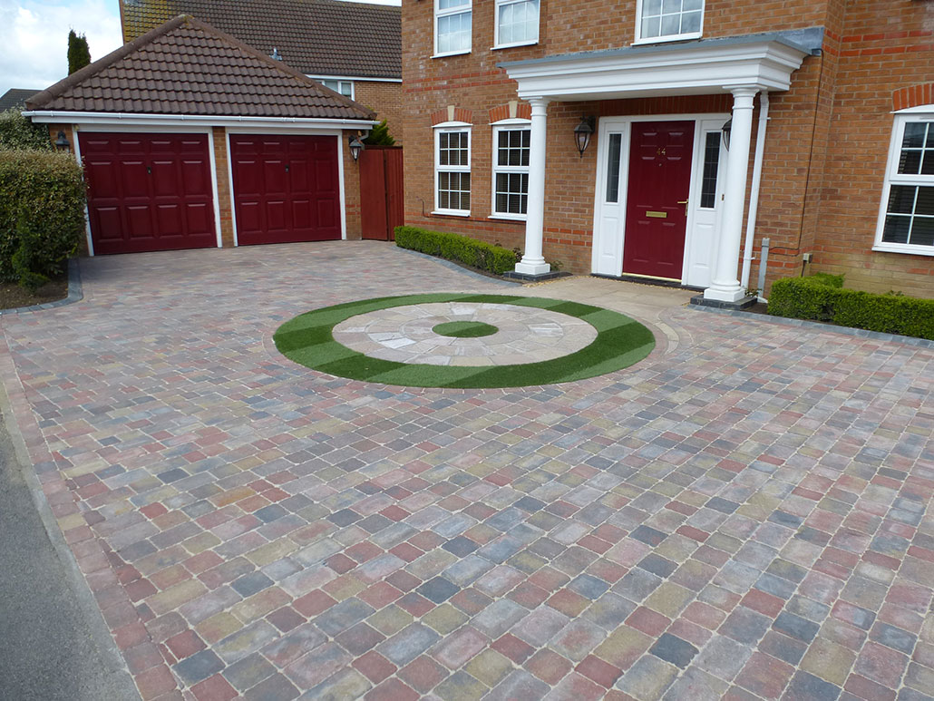 Coloured driveway with astro